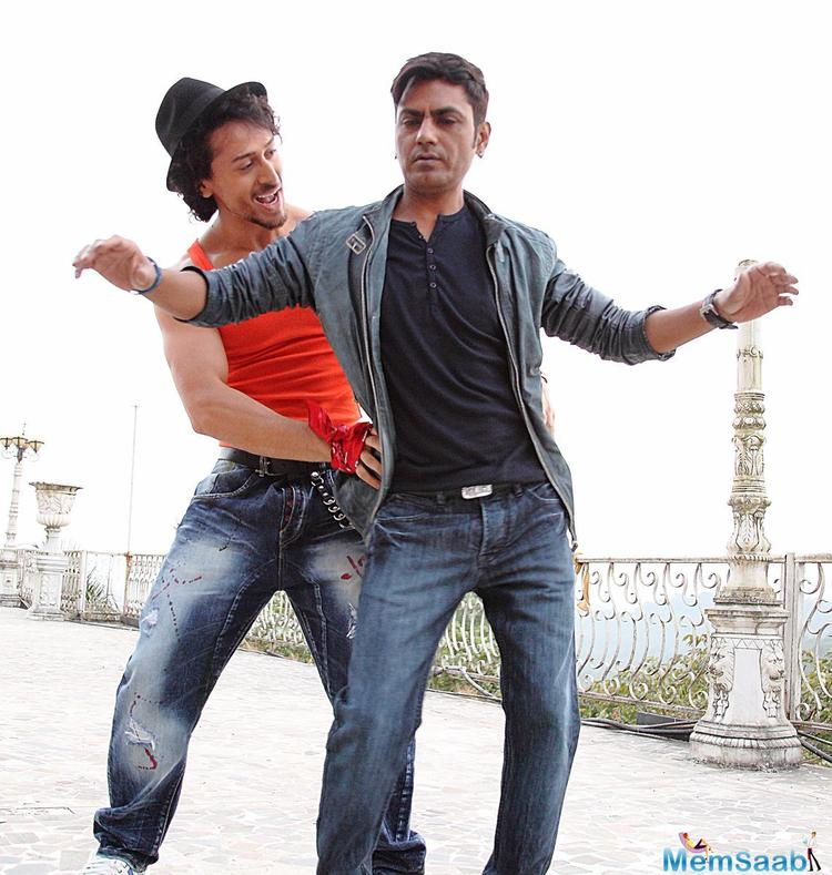 Munna Michael marks the debut of Niddhi Aggerwal and the film is directed by Sabbir Khan.