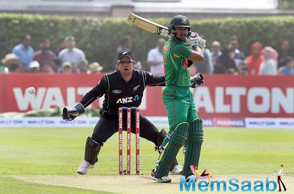 If England beat Australia, the winner between New Zealand vs Bangladesh will go through.