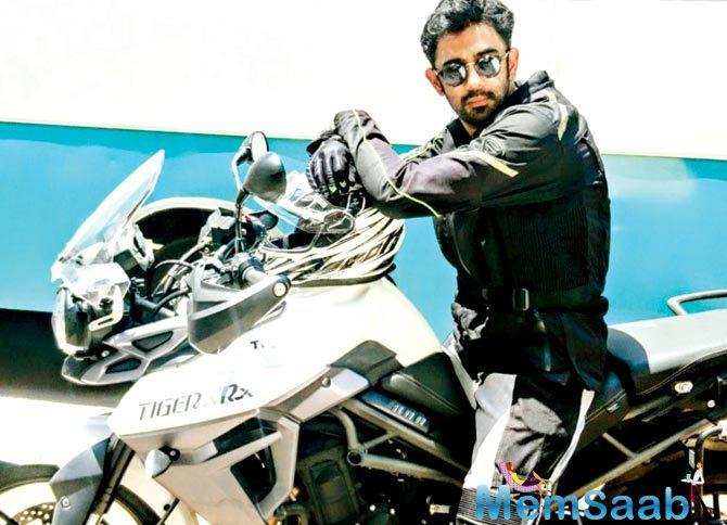 Amit, who used to travel to the set on the two wheeler, expressed his disappointment on social media.