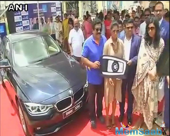 To encourage the team India and especially to feel them proud, what they have done in recent ICC Women's World Cup, Businessman V Chamundeswaranath gifted a BMW car to Mithali Raj.