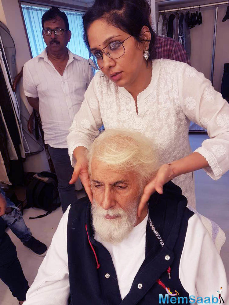 Amitabh Bachchan, who is currently shooting for his upcoming film '102 Not Out', says sleeping on a film's set is a gifted moment in the script for an actor.