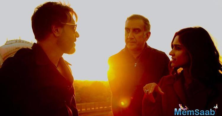 Ajay Devgan speaks about her intimate scenes with Ileana D'Cruz in 'Badshaho'