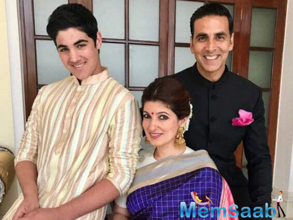 Currently basking in the good opening collections of his recent film 'Toilet: Ek Prem Katha,' Akshay decided to test his hand at cooking for guests on Sunday.