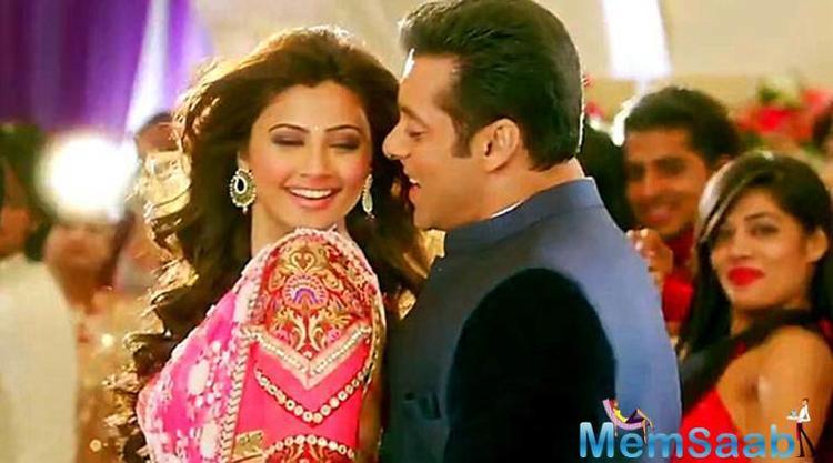 So after Kabir Khan's 'Tubelight', superstar Salman Khan is all set to star in producer Ramesh taurani's 'Race 3'.