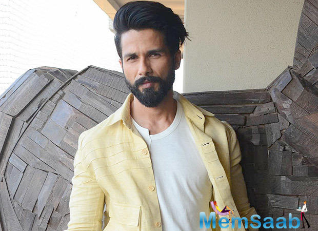 Shahid Kapoor,  who swept all the awards this season for his performance in Udta Punjab has been flooded with scripts.