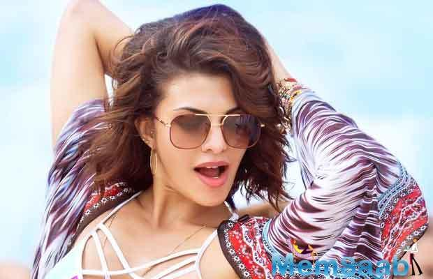 These days, Jacqueline Fernandez is busy with her much talked two back to back projects, one is opposite Sidharth Malhotra and Judwaa 2 opposite Varun Dhawan, which is releasing back to back.