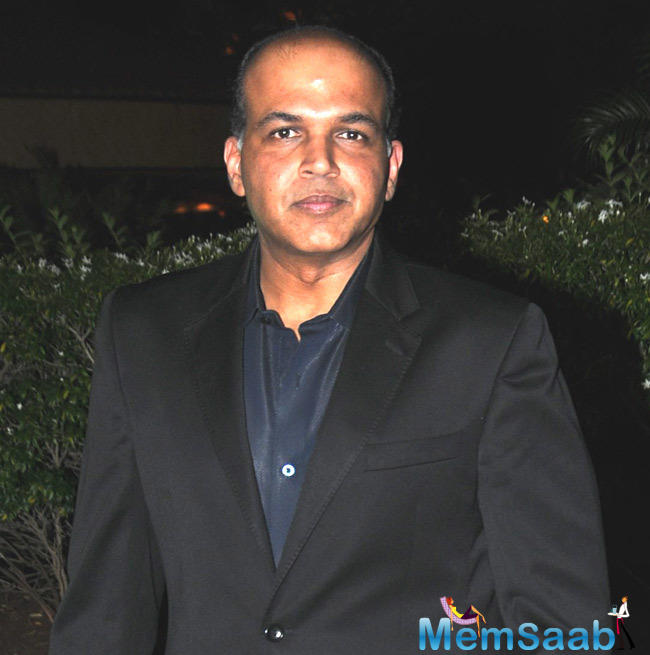 Ashutosh Gowariker, best known for his costume dramas, had determined to step out of his comfort zone in the beginning  this year.