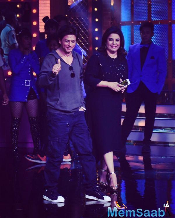 It was only recently that Farah, who was shooting for the show at a popular studio in the suburbs, received a surprise visit from Shah Rukh Khan, who was also shooting in the vicinity.