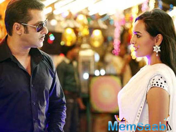Sonakshi Sinha is not wonder-struck by Salman Khan's stardom.