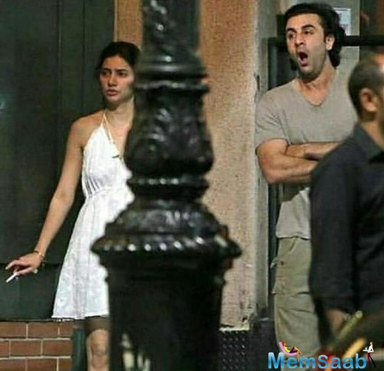 """Minhal Raza wrote, """"I can't believe that people are actually shaming Mahira Khan on smoking. We are ridiculous."""