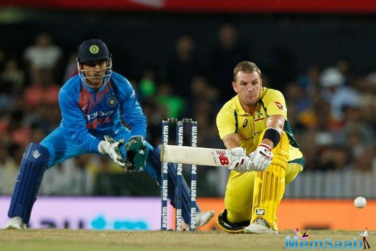 While Aaron Finch continued his fine run of form, Indian bowlers continued to chip in with wickets at regular intervals.