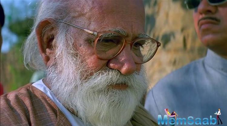 He also bagged Filmfare Best Screenplay Award for his movie 'Dulhan Wahi Jo Piya Man Bhaye', along with Vrajendra Gaur and Madhusudan Kalekar in 1978.