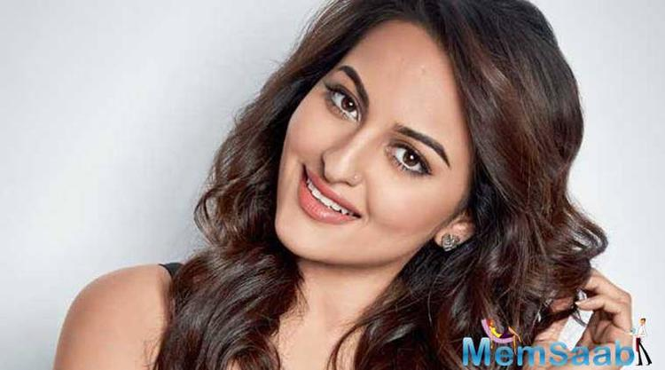 Sonakshi Sinha says she feels uncomfortable while filming scenes which take her to seduce her co-stars.