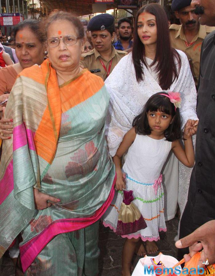 Aishwarya turned 44 on Wednesday and she visited Siddhivinayak Temple with daughter Aaradhya Bachchan and mom Brinda Rai.