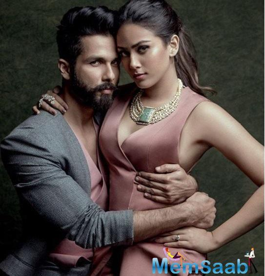 Bollywood star Shahid Kapoor, who is currently busy promoting his forthcoming movie 'Padmavati', admitted that men should always listen to women.