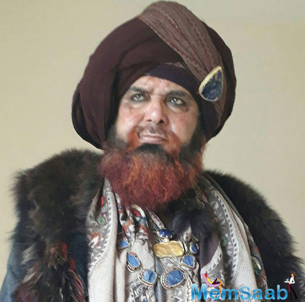 In response to the ongoing controversy surrouding 'Padmavati', Raza Murad, said, 'Padmavati' highlights honour, bravery of Rajput clan.