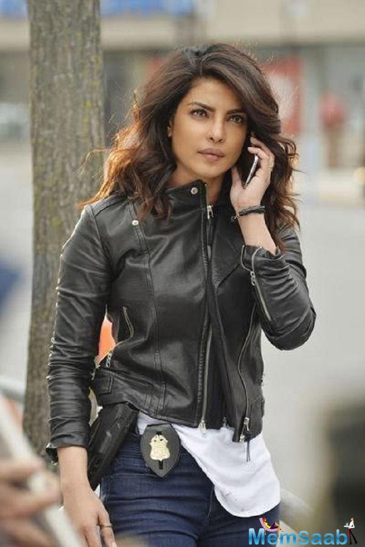 For the first two seasons, Priyanka kept her look pretty much the same.