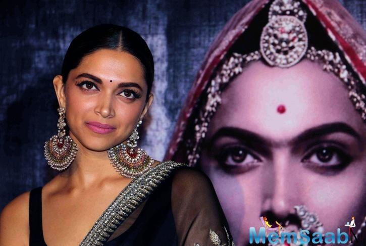 Talking about of the shooting of one of the toughest scenes, as seen in the trailer and poster of Deepika, surrounded by women, stepping forward to perform 'jauhar',