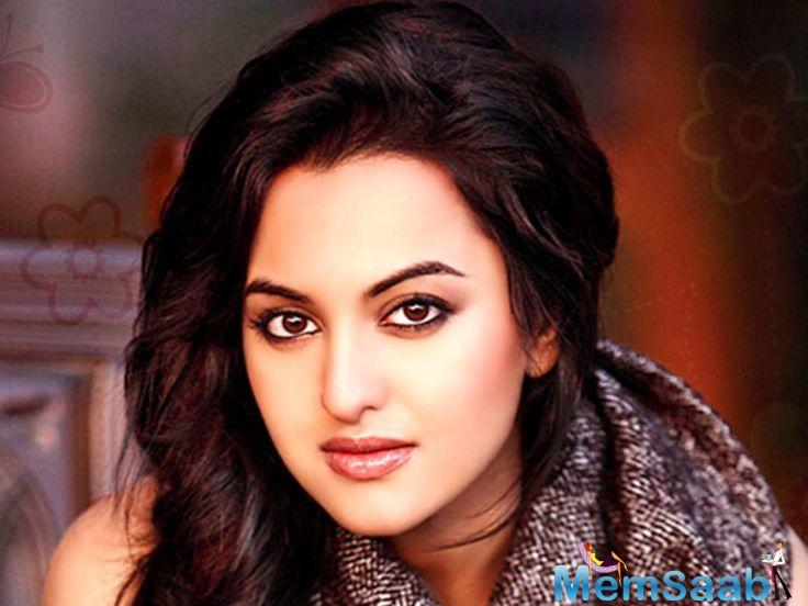 Rumours of Parineeti Chopra replacing Sonakshi for the role of Rajjo in Dabangg 3 took the industry by storm.
