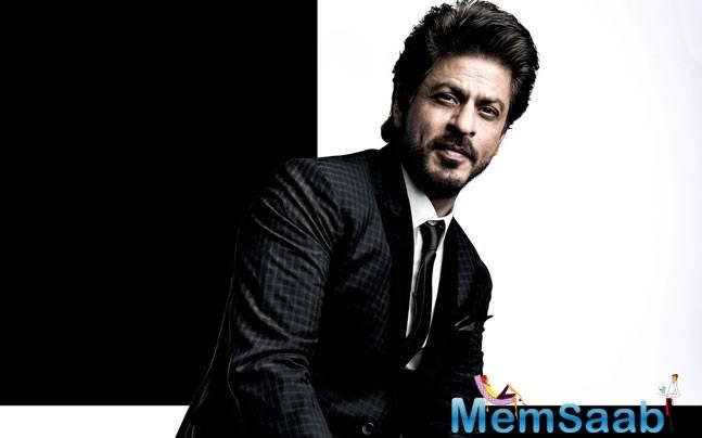 Shah Rukh Khan is a man who can charm you in more ways than you know. His wit and words never fail to impress his fans.