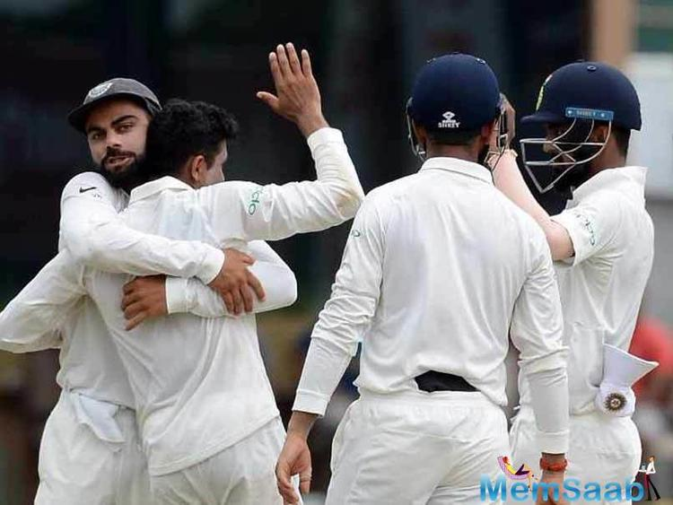 Mohammed Shami struck first by dismissing Samarawickrama before Ravindra Jadeja put the visitors on the backfoot with 2 quick wickets in the form on Karunaratne and nightwatchman Lakmal.