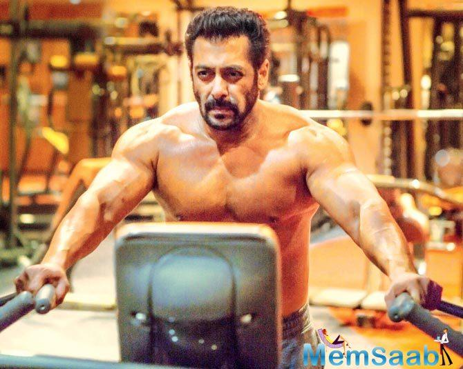 A source says that salman also altered his diet to a high-protein, no-carbs one in his bid to maintain the beefed-up physique.