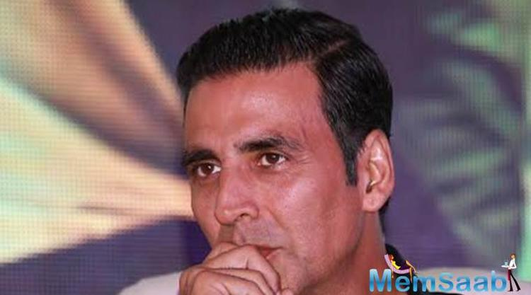 Now, the buzz in industry is that Akshay will not headline the cast of this film, which is being directed by Subhash Kapoor (of 'Jolly LLB' fame).
