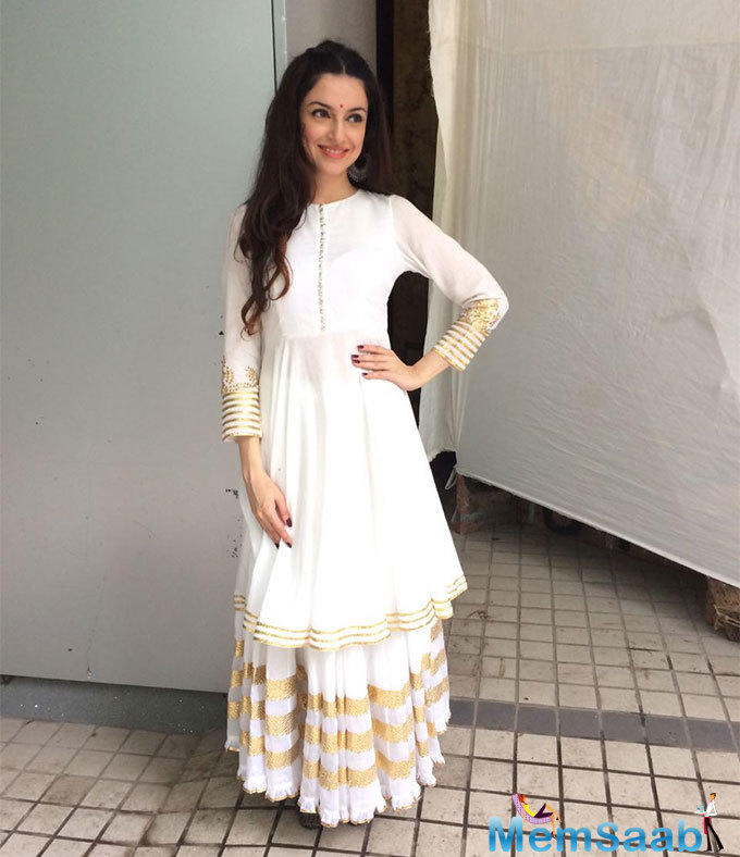 Filmmaker-actress Divya Khosla Kumar says that her style is not dependent on trends as she is someone who prefers not to follow that.