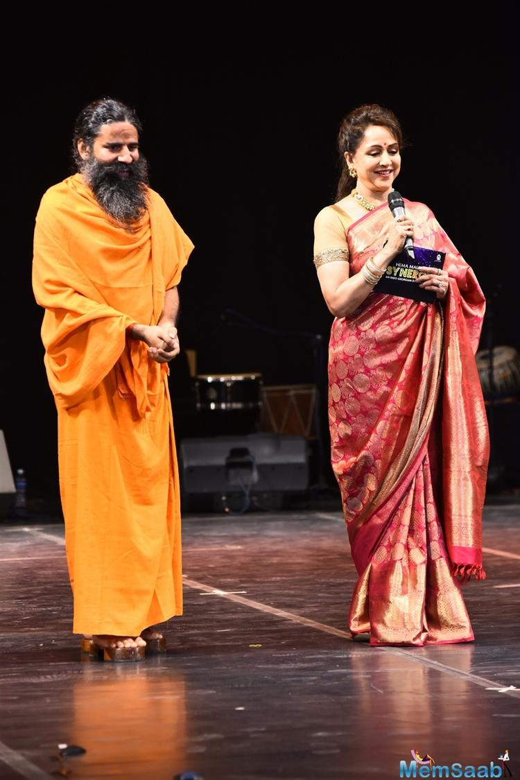 Baba Ramdev has one of the most beautiful women in India as his adopted sister, none other than the Dream Girl Hema Malini.