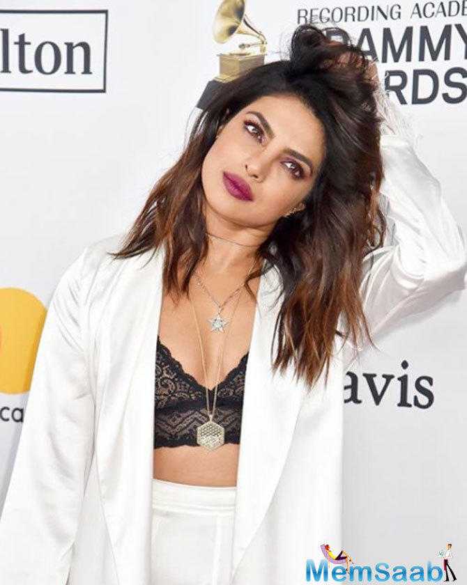 This look by Priyanka is making all sorts of noise for the right reason. Well, kudos to the diva to take fashion a notch higher with this statement bold style!