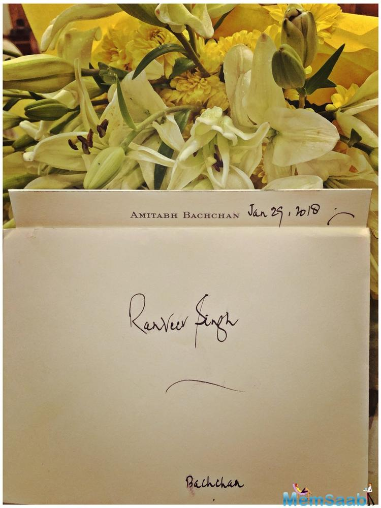 Amitabh Bachchan sent a handwritten note to Ranveer Singh praising him for his performance in his latest release 'Padmaavat'.