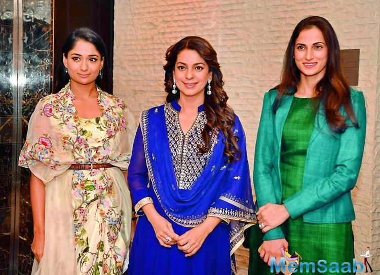 Interestingly, Juhi is all set to be seen with father-daughter duo Anil and Sonam Kapoor in Ek Ladki Ko Dekha To Aisa Laga.