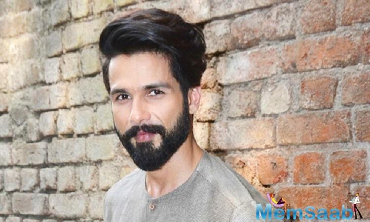 Shahid Kapoor, who has been bagging praise for his role as Maharawal Ratan Singh in 'Padmaavat', has something special planned tomorrow.