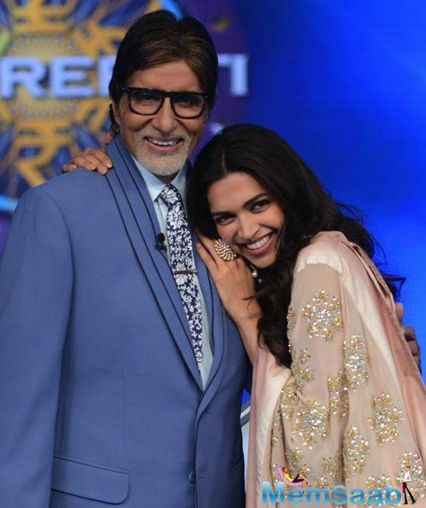 The 'Shahenshah' of Bollywood wrote a handwritten letter to Deepika expressing how much he loved her performance in the movie.