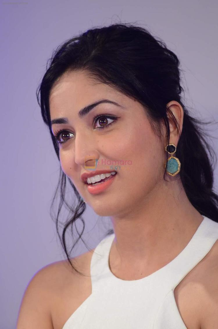 Yami Gautam is following her act as a visually-impaired rape victim in Kaabil (2017) by turning lawyer for Shree Narayan Singh's Batti Gul Meter Chalu.