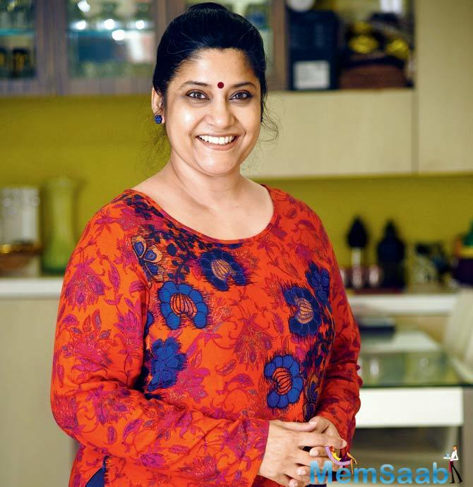 Renuka Shahane has been grabbing eyeballs since her first look from 3 Storeys was released.
