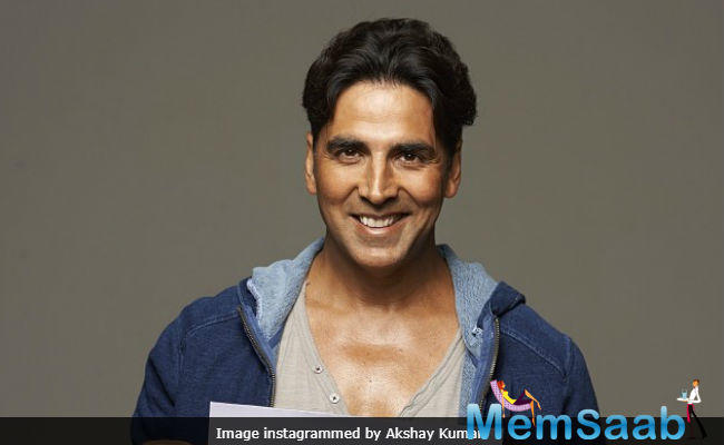 Akshay Kumar is in a dilemma. He wants to take up something wild and wicked. But his image of the social reformer comes in the way.