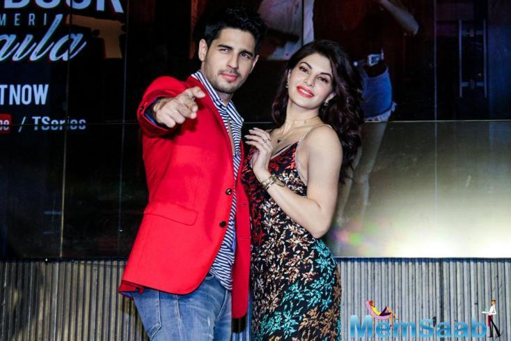 Jacqueline Fernandez and Sidharth Malhotra are still together if this picture is any indication.