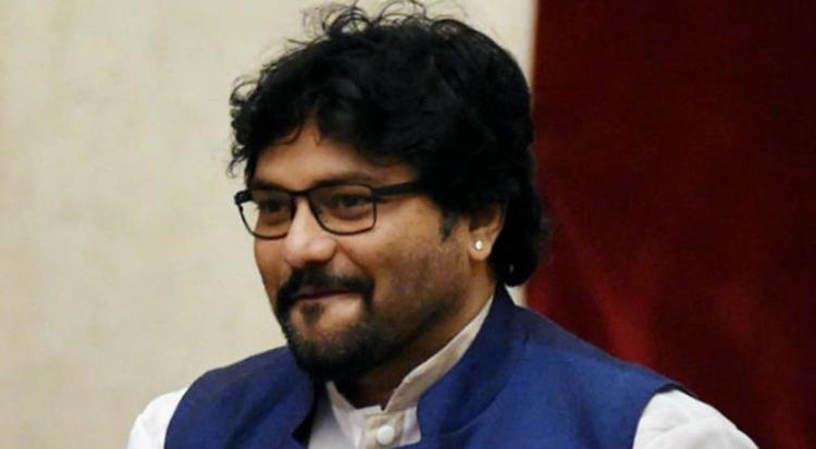 Ahead of the release of Sonakshi and Diljit -starrer Welcome To New York, Union Minister Babul Supriyo demanded that Pak singer Rahat Fateh Ali Khan's voice from the track Ishtehaar be replaced by an Indian singer.