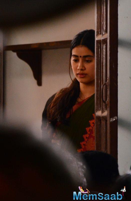 It launched two fresh faces in Marathi cinema with Rinku Rajguru and Akash Thosar.