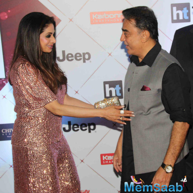 Haasan also sang a few lines from the song 'Surmayee ankhiyon mein' from their film 'Sadma' for the audience.