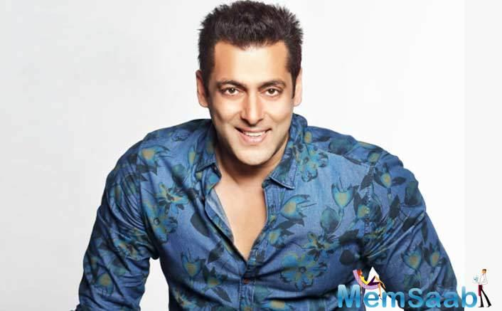 Sooraj Barjatya's son Devansh is all set to make his film debut and like his father, he wants to make a film with Salman Khan.