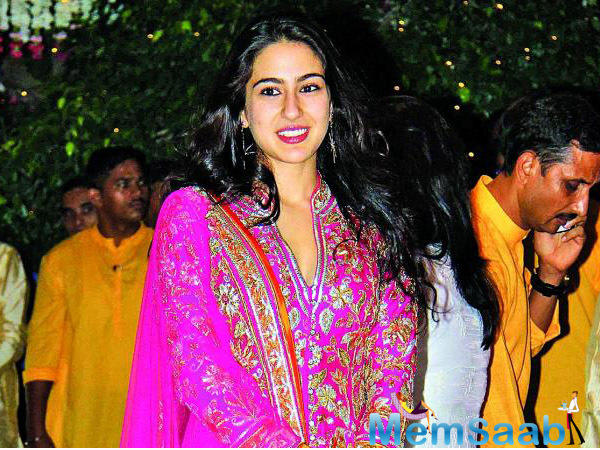 Saif Ali Khan and Amrita Singh's daughter Sara Ali Khan's big Bollywood debut has been a major topic of discussion for a very long time now.
