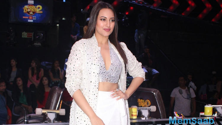 Talking about her cameo in the film, Sonakshi said,