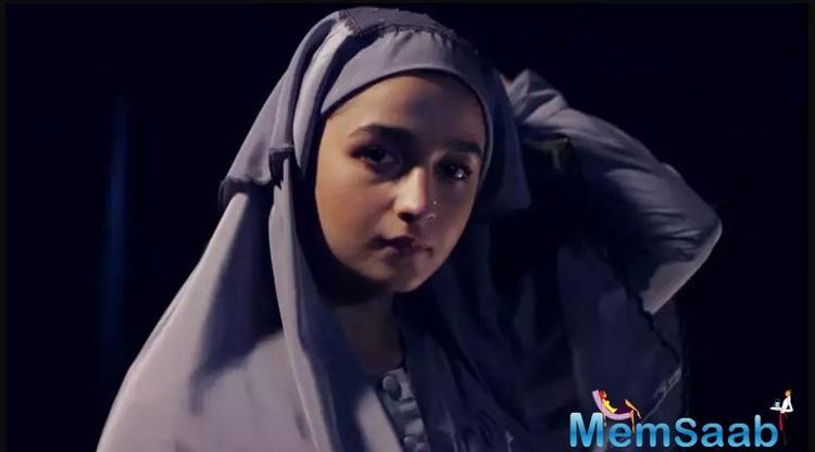 By the looks of it, Alia Bhatt completely steals the show with an intense and held performance.