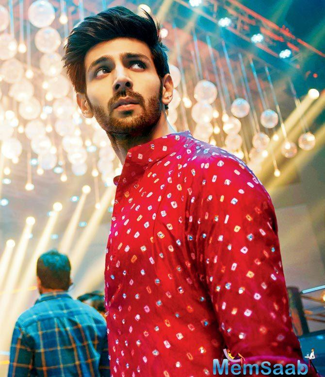 Kartik Aaryan who is also known as the 'king of monologues' for his famous monologues in 'Pyaar Ka Punchnama' series got his due this year with 'Sonu Ke Titu Ki Sweety'.