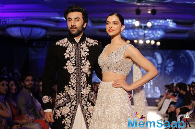 The magical reunion of former lovers, Ranbir and Deepika as showstoppers was definitely a sight to watch out for their fans and the spectators around.