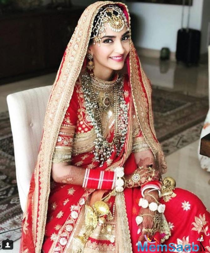 Sonam's red lipstick and minimalistic jewellery is a saving grace for the actress to some extent.