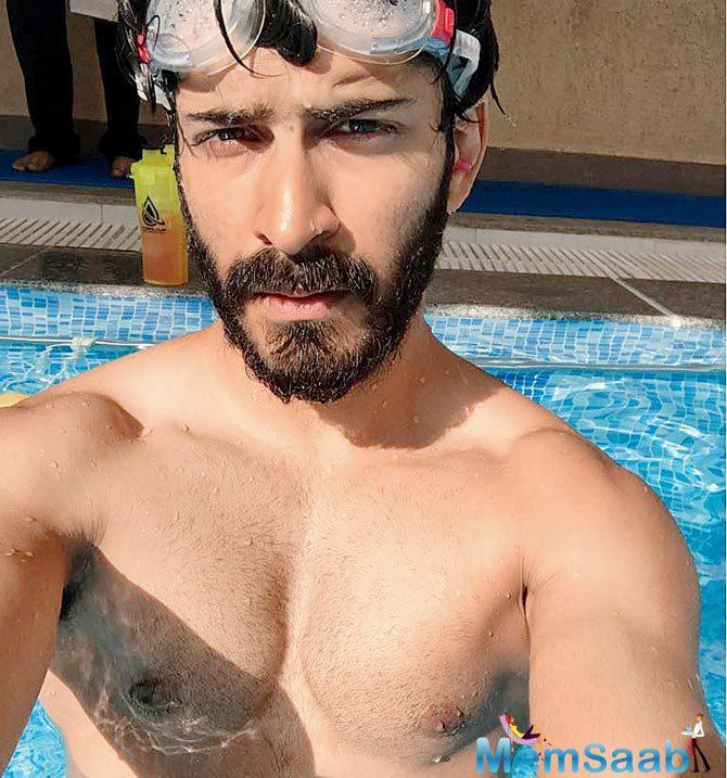 Harshvardhan Kapoor shot the scenes at night, which was challenging.