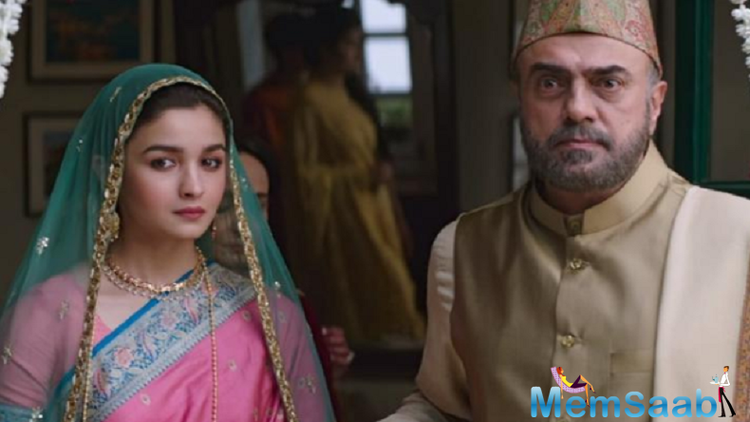 Apart from Alia Bhatt and Vicky Kaushal, 'Raazi' also stars Alia's real life mother Soni Razdan, Rajit Kapur, Amruta Khanvilkar and Jaideep Ahlawat in pivotal roles.
